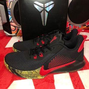Nike Kobe Mamba Fury MENS size 10.5. New in box.